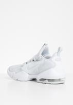 Nike - Air Max Alpha Savage - pure platinum/pure platinum-white