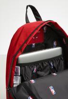 Herschel Supply Co. - Settlement - backpacks - Chicago Bulls - red & black