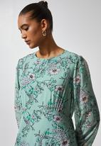 Superbalist - Asymmetric ruffle femme dress - sage floral