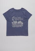 Free by Cotton On - Multipack primrose classic T-shirt  - white & navy