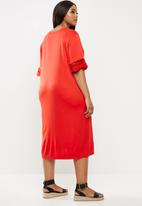 JUNAROSE - Fara below knee dress - red