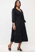 MILLA - Poplin tiered midi dress - black