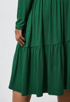 Superbalist - Tiered knit funnel neck dress - green