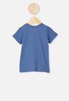 Cotton On - Jamie short sleeve tee - lcn ln petty blue/wutang