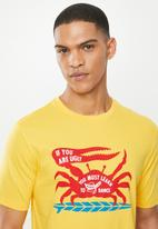 Mami Wata - Mami crab tee - yellow