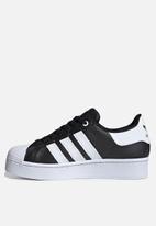 adidas Originals - Superstar plateau - black / white