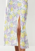 Glamorous - Sateen pencil skirt with slit - multi