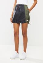 Nike - Nike sportswear icon clash skirt - black & twilight marsh