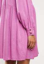 Glamorous - Maternity tiered long sleeve dress - orchid