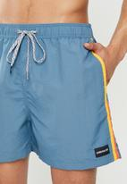 Quiksilver - Vibes volley 16 shorts - powder blue