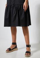 Superbalist - Cotton button thru dress with tier - black