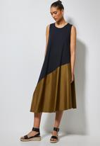 Superbalist - Trapeze combo fabric dress - black & brown