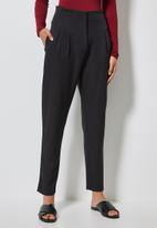 Superbalist - High waisted formal trousers - black