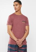 Quiksilver - Cloud corner short sleeve tee - burgundy