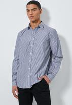 Superbalist - Barber regular fit long sleeve shirt - grey & white