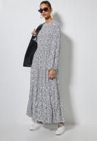 Superbalist - Tiered midi dress - white & black