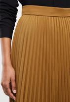 edit - Pleated midi skirt - tobacco