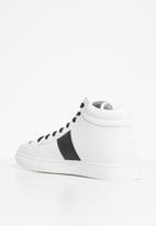 Jonathan D - J35 high top sneaker - white & black
