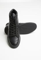 Jonathan D - J35 high top sneaker - black