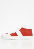 Jonathan D - J35 high top sneaker - red & white