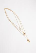 Superbalist - Layered cowrie necklace - gold
