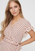 Vero Moda - Olympia short sleeve wide short wrap dress - red & white