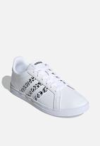 adidas Originals - Courtpoint - Cloud White / Core Black