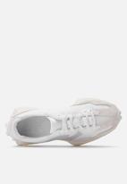 New Balance  - Classic 327 - white