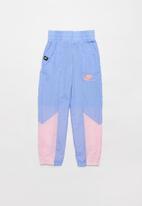 Nike - Girls Nike sportswear heritage woven pant - blue & pink