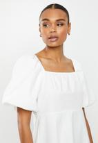 Missguided - Milkmaid cotton poplin dress short sleeve - multi