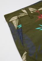 POLO - Boys Clyde printed short - olive