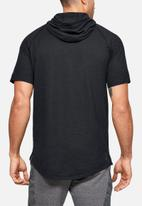 Under Armour - Project rock charged cotton short sleeve hoodie - black