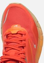 Reebok - Zig Kinetica Horizon - carotene / high vis orange / utility beige