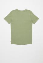 Levi's® - Levi strauss & co split short sleeve tee - khaki