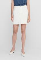 Jacqueline de Yong - Rosa life short destroy skirt - white