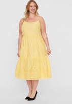 Vero Moda - Halo singlet calf dress - yellow