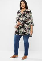 Vero Moda - Plus simply easy 3/4 tunic top - multi