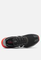 New Balance  - Fuelcell echo - black/flame