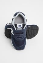 New Balance  - Infant iz996 v2 sneaker - navy
