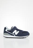 New Balance  - Kids 996 v2 sneaker - navy