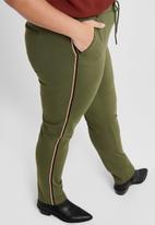 Carmakoma - Goldtrash life long bonpiping pants - olive