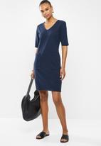 Jacqueline de Yong - One catia treats pocket dress - navy