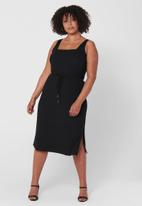 Carmakoma - Sophia sleeveless calf dress - black
