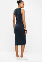 Vero Moda - Lavender calf dress - navy