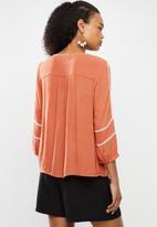 Vero Moda - Guna 3/4 shirt - rust