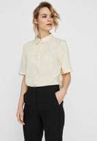 Vero Moda - Santorini short sleeve shirt - neutral