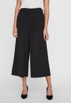 Vero Moda - Molla highwaist culotte pant - black