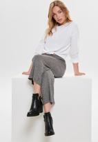 Jacqueline de Yong - Claudia knit culotte pants - black