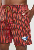 Mami Wata - Tofo surf trunk - red & black