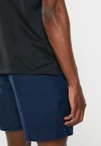 Nike - Breathe run short sleeve top - black